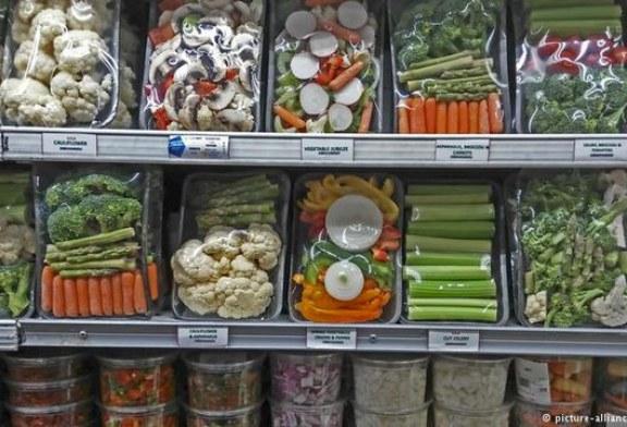 تولید بستهبندی نانوکامپوزیتی با قابلیت افزایش ماندگاری مواد غذایی
